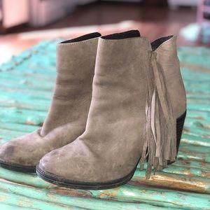 Steve Madden Ankle boot!!